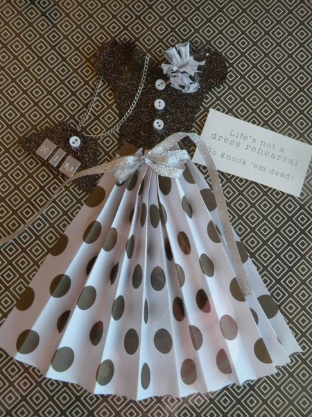 Открытки своими руками на день рождения платье