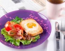 Яйцо на хлебе