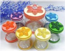 Цилиндрические коробочки из бутылок