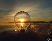 Лампочка на закате