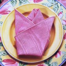 Салфетка на тарелке