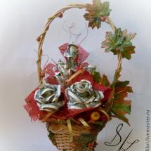 Денежная корзинка с цветами
