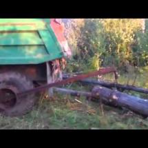 Видео погрузки древесины в кузов